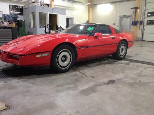 Chevrolet_Corvette_85