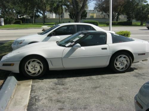 Chevrolet_Corvette_91